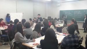 自閉スペクトラム症児のコミュニケ―ションと支援/人間発達心理学科公開講座を開催